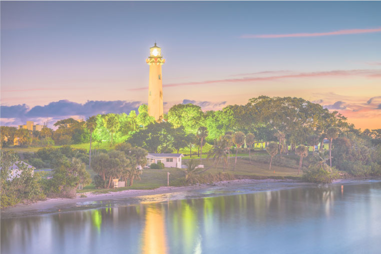 Florida State Tent-less Termite footer banner image of lighthouse and reflection